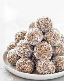 The Ultimate Guide to Energy Balls